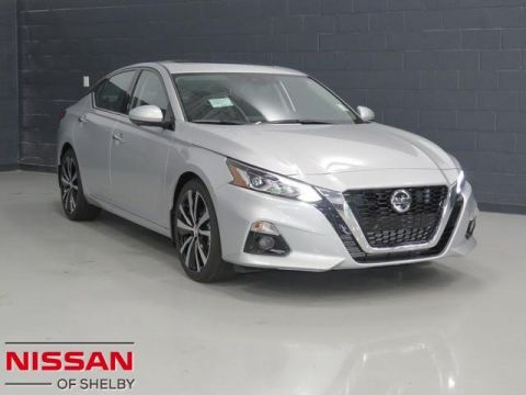 New 2020 Nissan Altima 2.0 Platinum FWD 4dr Car