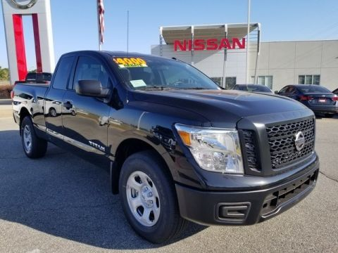 New 2019 Nissan Titan S 4WD Extended Cab Pickup